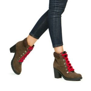 Shoedazzle Diany Brown Combat Boots